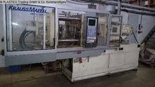 1999 Injection molding machine