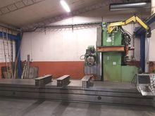 1990 Travelling column milling