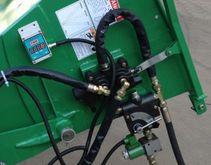 Fliskutter BX62R med hydraulisk