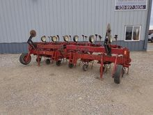 Used CASE IH 183 in