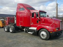 2005 KENWORTH T600 T/A SLEEPER