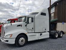 2013 KENWORTH T660 T/A SLEEPER