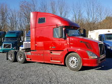 2006 VOLVO VNL64T670 T/A SLEEPE