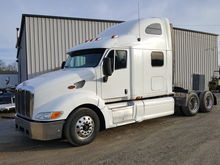 2007 PETERBILT 387 T/A SLEEPER
