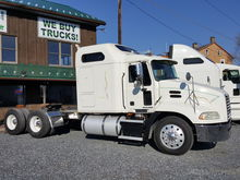2009 MACK CX613 T/A SLEEPER