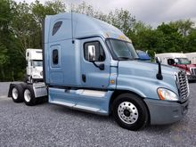 2012 FREIGHTLINER CASCADIA Tand