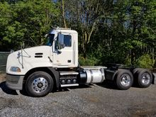 2012 MACK CX613 Tandem Axle Day