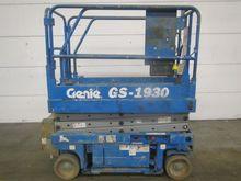 Used 2000 Genie GS19