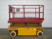 1999 Hollandlift Y-83EL12