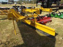DHR New Hydraulic Grader Blade,