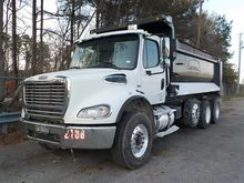 2007 Freightliner M2 Business C