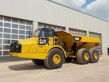 2012 CAT 740B