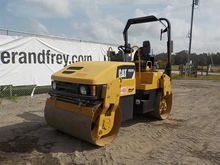 2007 CAT CB334E Double Drum Vib