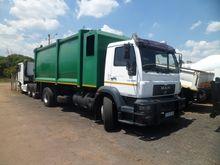 MAN CLA15-220 Waste Truck