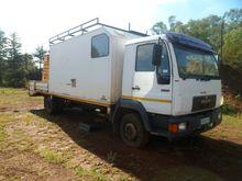 MAN 10-153 Service Truck
