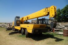 P&H CA3001 Crane