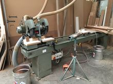 Double mitre cut off saw