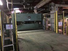 Hot continuous press