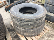 2 x 385/65/22.5 Tyres