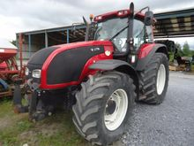 VALTRA T190 4WD TRACTOR