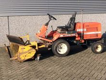 Kubota F2400 Tool carrier