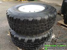 BKT Paire de roues 425/65R22.5