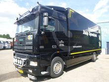 1998 DAF 95 XF WITH BOX
