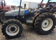 2004 FORD NEW HOLLAND TN70