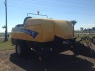 2010 New Holland BB9080s