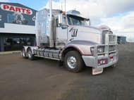 2010 Kenworth T608 PRIME MOVER