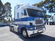 2009 Freightliner Argosy 110''