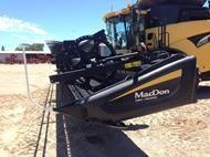 MacDon D65 Front