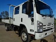 2014 Isuzu NPS300 Four wheel dr