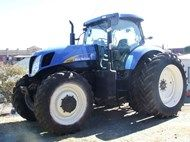 Used Holland T7060 i