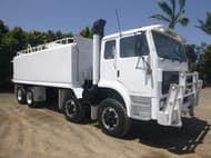 1994 International Acco T2700