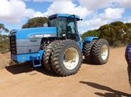 1999 New Holland 9282 Articulat