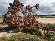 Used Bourgault 8810