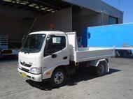 Used 2012 Hino 616 3