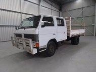 1986 Mazda T4100 Tray Truck