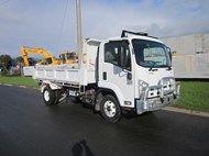 Used 2013 Isuzu FRR5