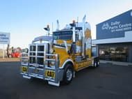 2004 Kenworth T904 PRIME MOVER
