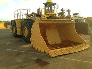 Used 2012 R2900G in