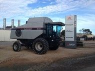 Used 1998 Gleaner R7