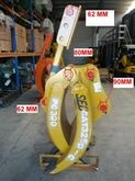 SEC GRAPPLE SUITS Cat 325 Komat