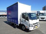 2014 Hino 300-616