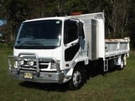 2010 Fuso fighter 7 tipper