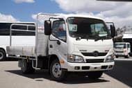 2016 Hino 616 - 300 Series 616