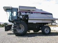 Used 2000 Gleaner R7