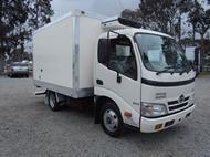 Used 2010 Hino 614 -