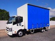 Used 2013 Hino 300 6